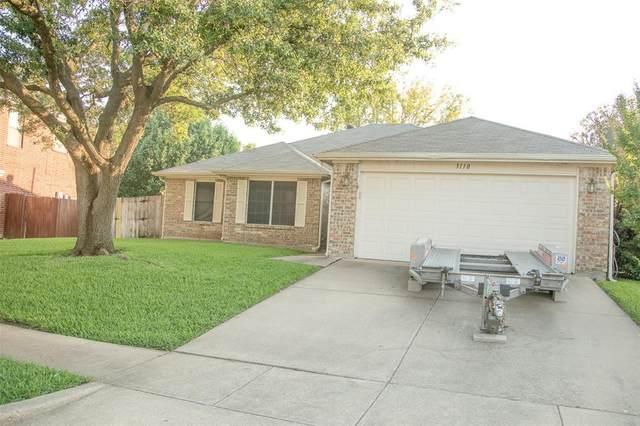5110 Eastcreek Drive, Arlington, TX 76018 (MLS #14600325) :: DFW Select Realty