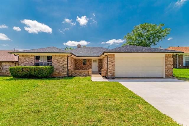 5114 Eagle Nest Drive, Arlington, TX 76017 (MLS #14600337) :: Real Estate By Design