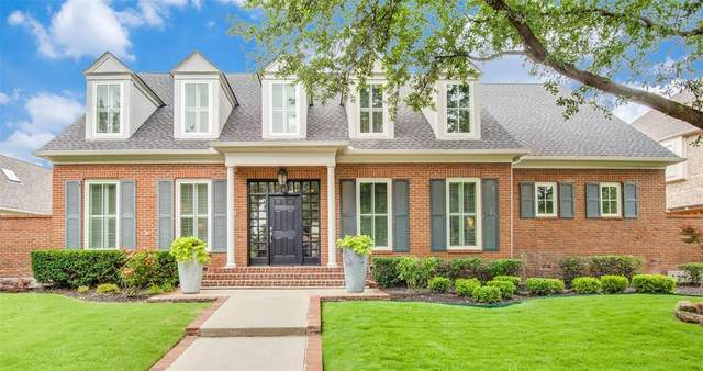 2413 Clearspring Drive S, Irving, TX 75063 (MLS #14600362) :: The Mauelshagen Group