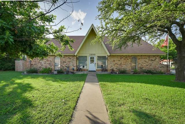 1200 Center Court, Cleburne, TX 76033 (MLS #14600789) :: The Mitchell Group