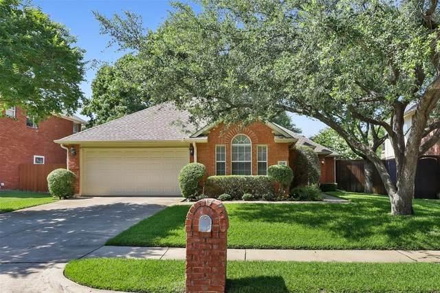 1740 Brook Lane, Flower Mound, TX 75028 (MLS #14600820) :: The Rhodes Team