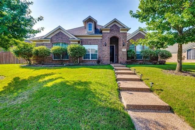1734 Boxwood Lane, Wylie, TX 75098 (MLS #14600837) :: RE/MAX Pinnacle Group REALTORS
