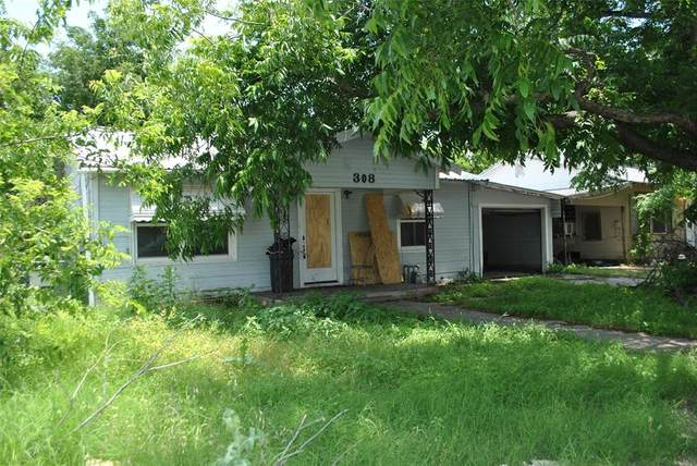 308 N Pearl Street, Comanche, TX 76442 (MLS #14600878) :: Real Estate By Design