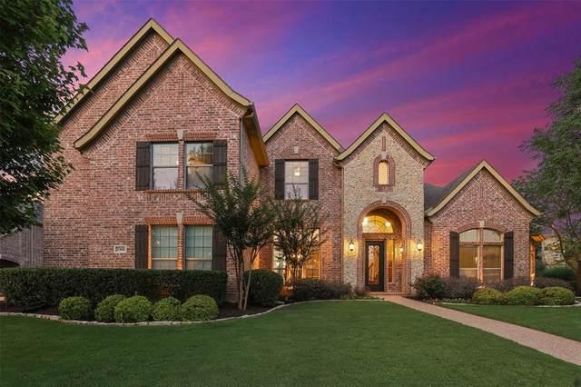 2100 Roadrunner Drive, Flower Mound, TX 75022 (MLS #14600905) :: Real Estate By Design
