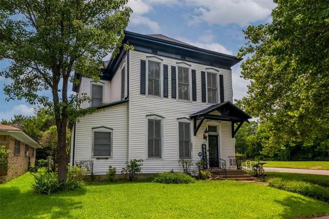 930 W Sears Street, Denison, TX 75020 (MLS #14601008) :: All Cities USA Realty