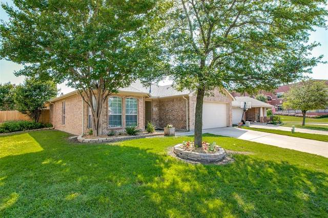 1317 Ropers Way, Fort Worth, TX 76052 (MLS #14601024) :: Real Estate By Design