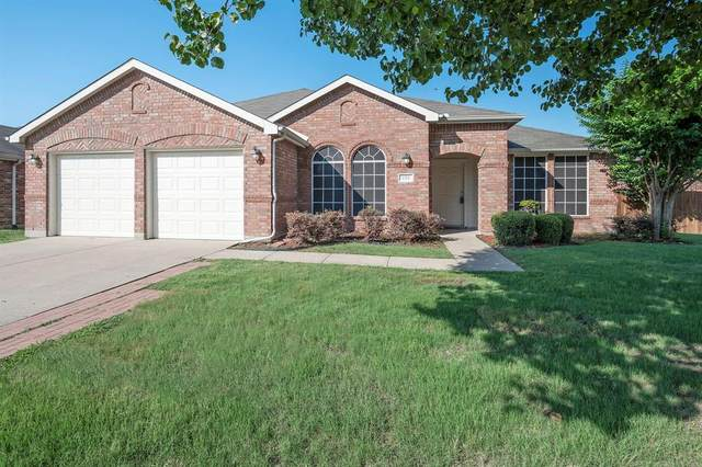 131 Redbud Drive, Forney, TX 75126 (MLS #14601031) :: Real Estate By Design