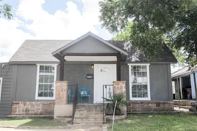 2117 Harrison Avenue, Fort Worth, TX 76110 (MLS #14601131) :: VIVO Realty
