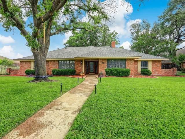 3325 Whiffletree Drive, Plano, TX 75023 (MLS #14601153) :: VIVO Realty