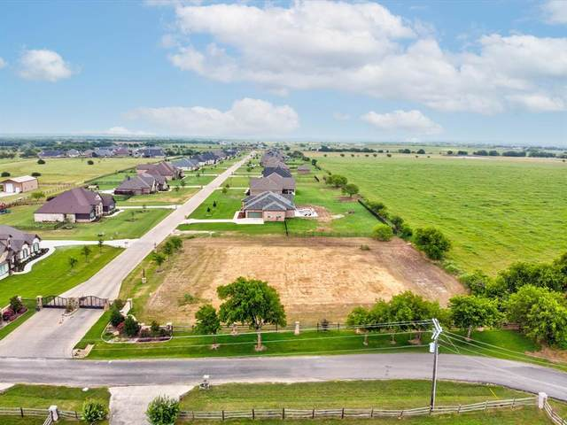 8627 Tuscan Way, Godley, TX 76044 (MLS #14601574) :: Real Estate By Design