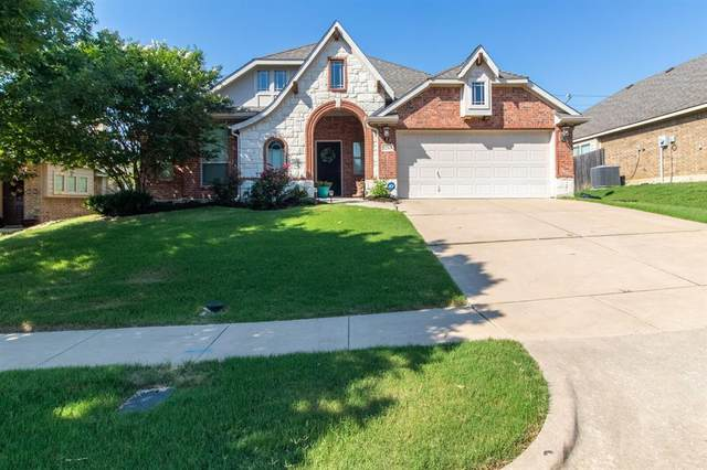 1215 Inglewood Drive, Mansfield, TX 76063 (MLS #14601725) :: Jones-Papadopoulos & Co