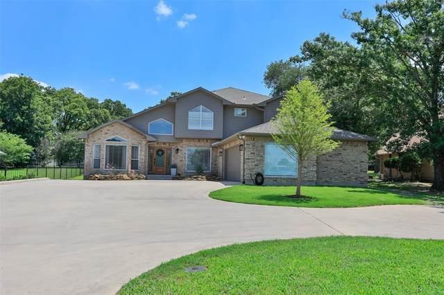 219 Navajo Trail, Lake Kiowa, TX 76240 (MLS #14601734) :: Robbins Real Estate Group