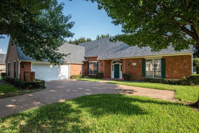 813 Riviera Drive, Mansfield, TX 76063 (MLS #14601750) :: Front Real Estate Co.