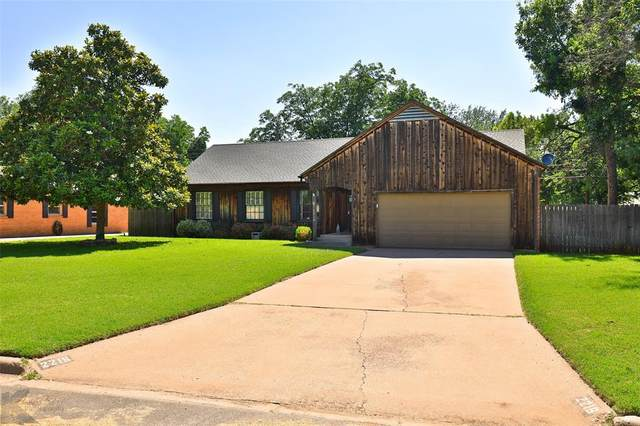 2216 Sylvan Drive, Abilene, TX 79605 (MLS #14601805) :: Maegan Brest | Keller Williams Realty