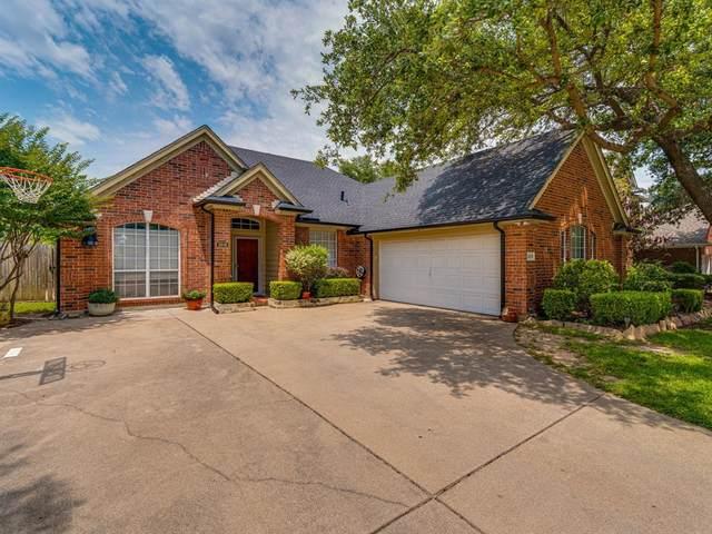 2818 Alcot Lane, Grand Prairie, TX 75052 (MLS #14601811) :: Real Estate By Design