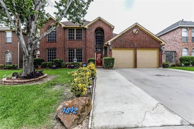 4542 Saint Andrews Drive, Grand Prairie, TX 75052 (MLS #14601893) :: HergGroup Dallas-Fort Worth