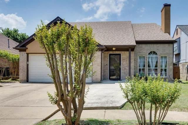 207 Kensington Court, Grand Prairie, TX 75052 (MLS #14601894) :: The Chad Smith Team