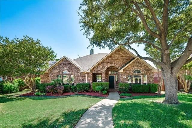 8012 Greenwood Drive, Plano, TX 75025 (MLS #14601950) :: VIVO Realty