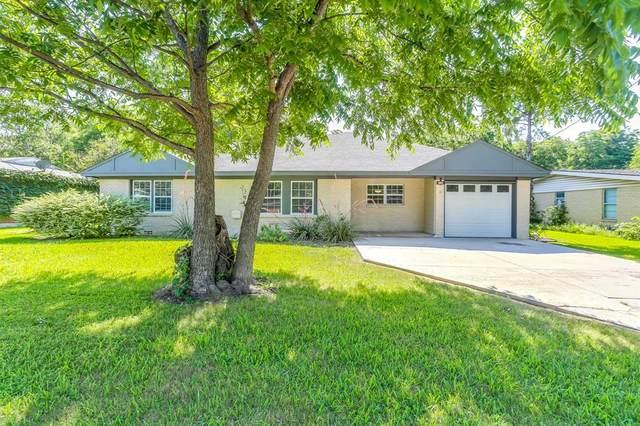 1134 Warden Street, Benbrook, TX 76126 (MLS #14602100) :: Front Real Estate Co.