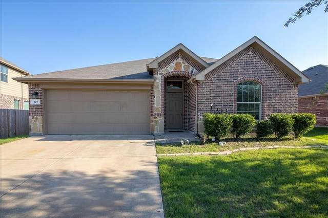 921 Misty Oak Trail, Burleson, TX 76028 (MLS #14602139) :: All Cities USA Realty