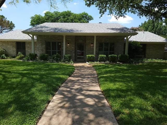 4905 Lariat Trail, North Richland Hills, TX 76180 (MLS #14602152) :: VIVO Realty