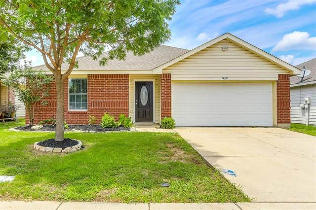 14305 Cedar Post Drive, Fort Worth, TX 76052 (MLS #14602171) :: Real Estate By Design