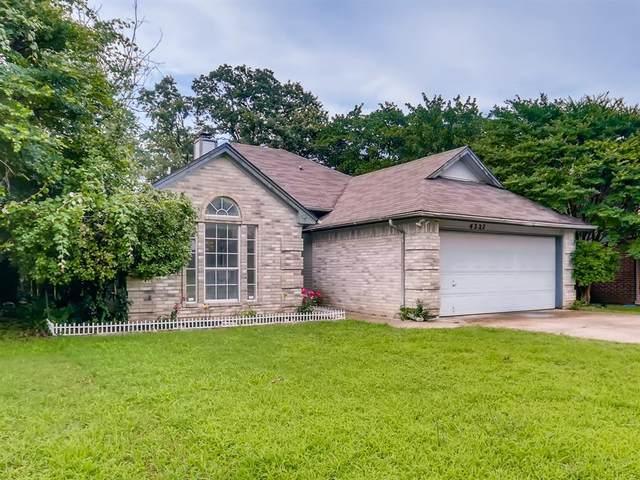 4327 Elliott Oaks Drive, Arlington, TX 76017 (MLS #14602185) :: VIVO Realty