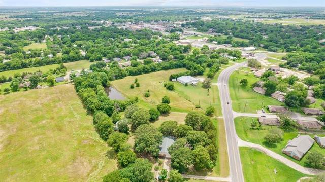 406 Lake Drive, Wills Point, TX 75169 (MLS #14602269) :: Real Estate By Design