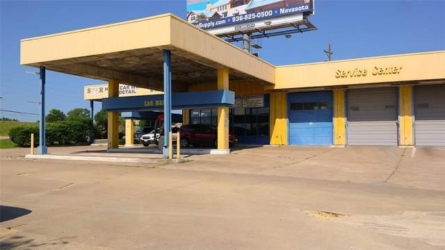 19396 Highway 105 W, Montgomery, TX 77356 (MLS #14602405) :: Team Tiller