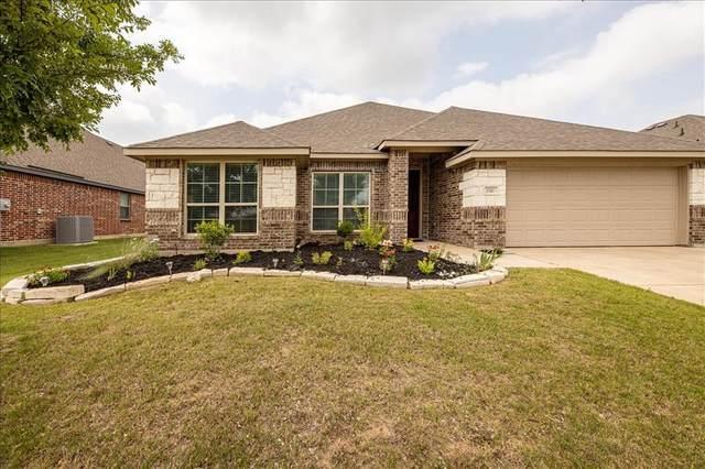1161 Sapphire Lane, Burleson, TX 76058 (MLS #14602425) :: The Hornburg Real Estate Group