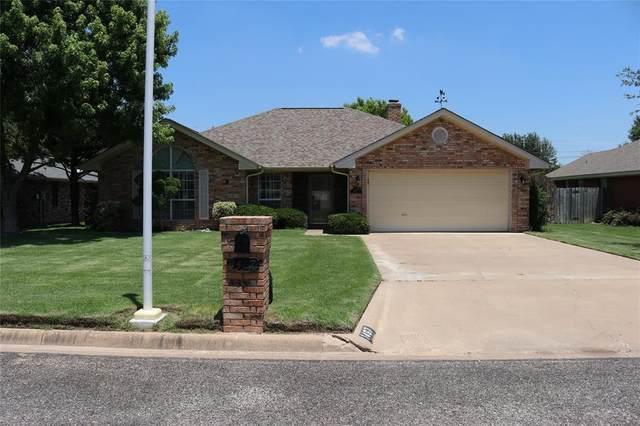 1467 Oakwood Drive, Stephenville, TX 76401 (MLS #14602680) :: Real Estate By Design