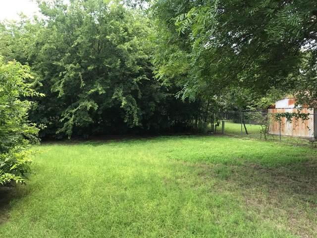 3201 Jamestown Drive, Forest Hill, TX 76140 (MLS #14602692) :: The Krissy Mireles Team