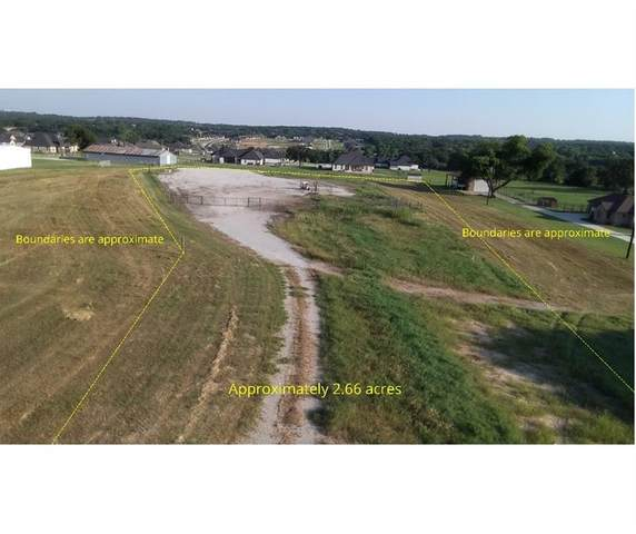 877 Wn Woody Road, Azle, TX 76020 (MLS #14602758) :: Real Estate By Design