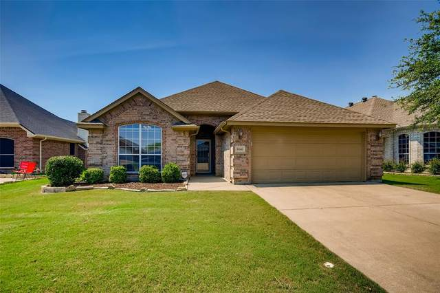 9040 Winding River Drive, Fort Worth, TX 76118 (#14602851) :: Homes By Lainie Real Estate Group