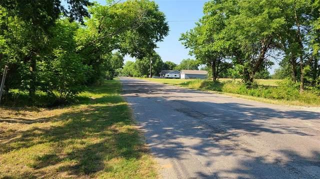 1620 Cedar Street, Bonham, TX 75418 (MLS #14602974) :: The Rhodes Team