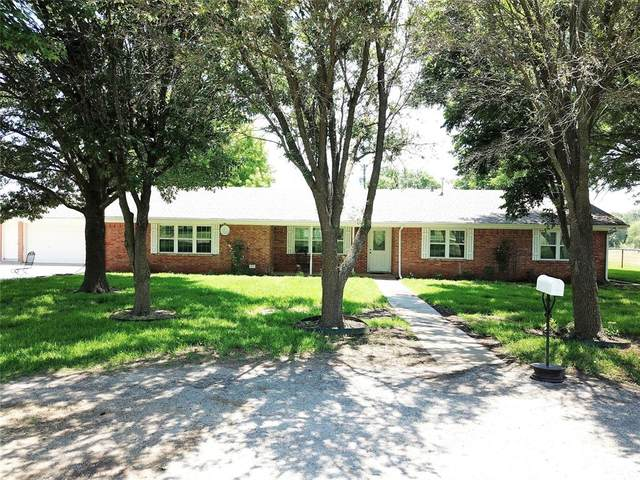 489 Pine Road, Poolville, TX 76487 (MLS #14603302) :: 1st Choice Realty