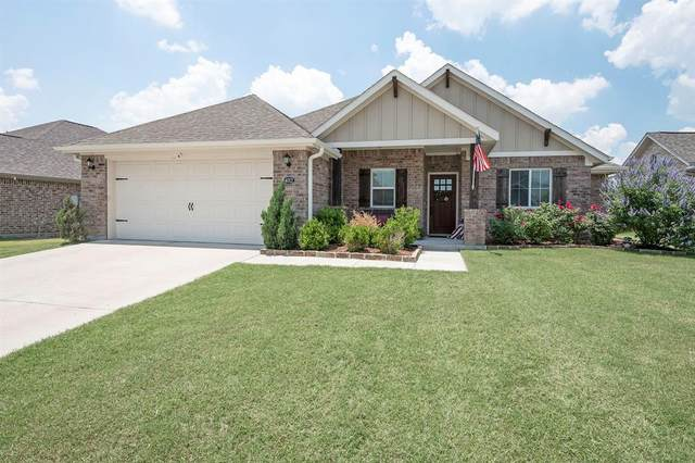 4012 Kensington Drive, Sanger, TX 76266 (MLS #14603664) :: Trinity Premier Properties
