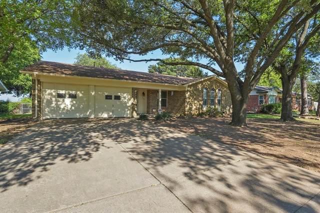 205 Teeter Drive, Crowley, TX 76036 (MLS #14603669) :: Robbins Real Estate Group