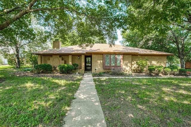 3306 Darby Lane, Denton, TX 76207 (MLS #14603774) :: Trinity Premier Properties