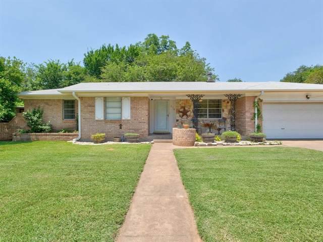 719 Lipan Drive, Granbury, TX 76048 (MLS #14603778) :: The Rhodes Team