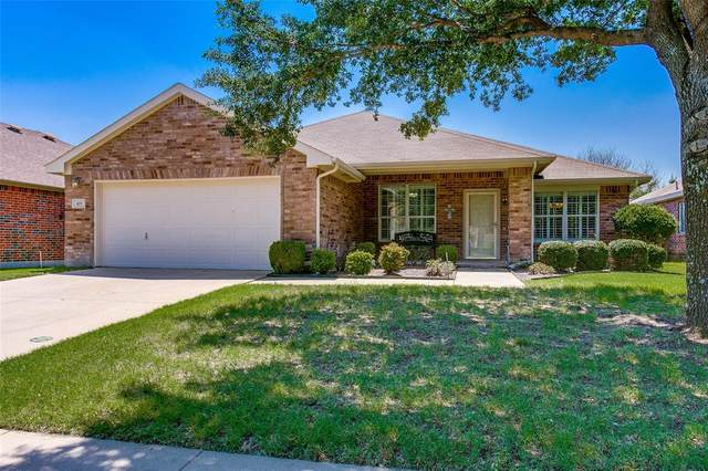 425 Sweetgum Trail, Forney, TX 75126 (MLS #14603996) :: Real Estate By Design