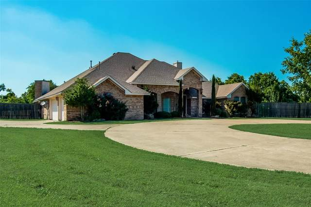 1055 The Meadows Parkway, Desoto, TX 75115 (MLS #14604004) :: The Hornburg Real Estate Group
