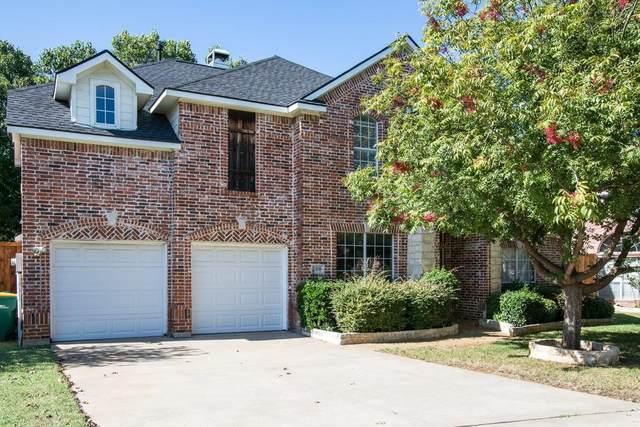 2308 Balleybrooke Drive, Lewisville, TX 75077 (MLS #14604064) :: The Rhodes Team