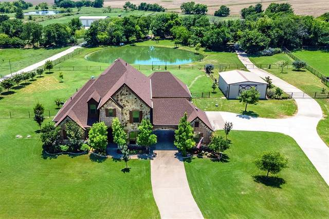 2100 Twin Creeks Circle, Pilot Point, TX 76258 (MLS #14604088) :: Real Estate By Design