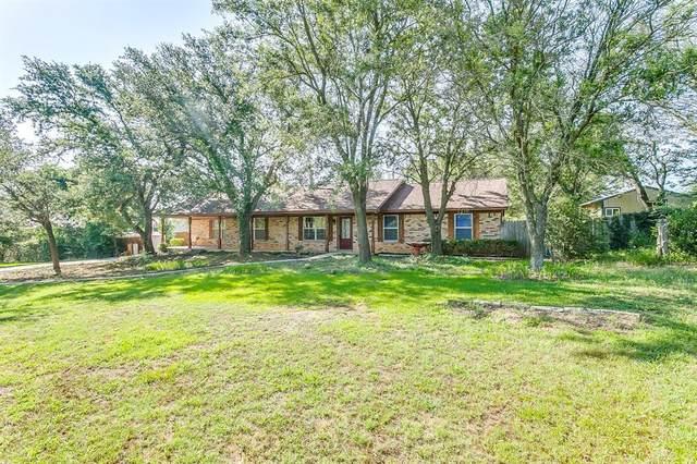 528 Forgotten Lane, Burleson, TX 76028 (MLS #14604146) :: VIVO Realty