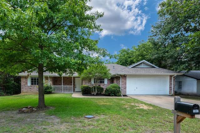 1807 Trailview Drive, Terrell, TX 75160 (MLS #14604169) :: The Chad Smith Team