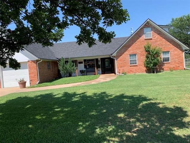 320 County Road 4587, Boyd, TX 76023 (MLS #14604208) :: Team Tiller