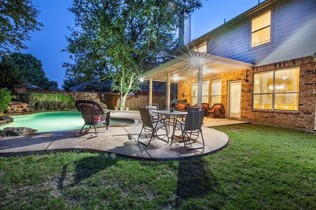 6104 Cobble Trail, Flower Mound, TX 75028 (MLS #14604453) :: 1st Choice Realty