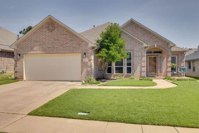 2517 Early Bird Drive, Arlington, TX 76001 (MLS #14604487) :: Robbins Real Estate Group