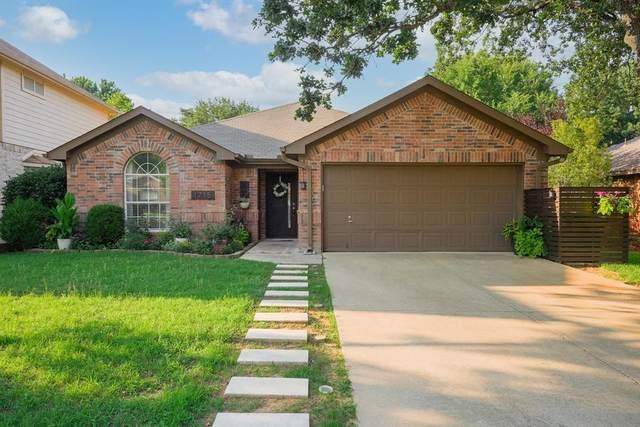 1715 Falcon Drive, Corinth, TX 76210 (MLS #14604521) :: RE/MAX Landmark